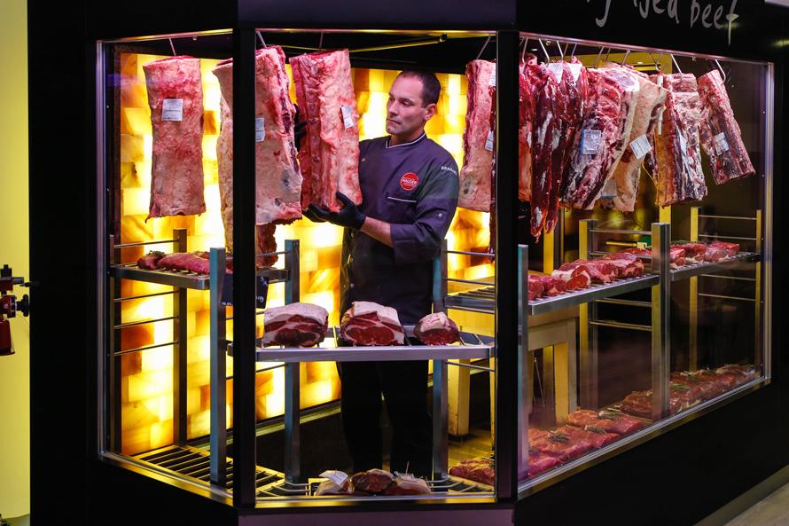 Dry Aged Beef Die Trockene Reifung Fleischerei Catering Martin